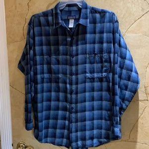 Patagonia Men's Long Sleeve Shirt Size Large